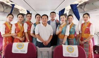 拉萨飞北京航班男子突然昏迷 众人施救转危为安