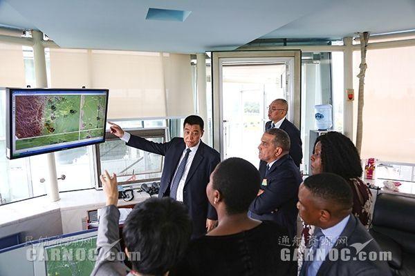 南非民航局局长一行到访中国民航飞行学院