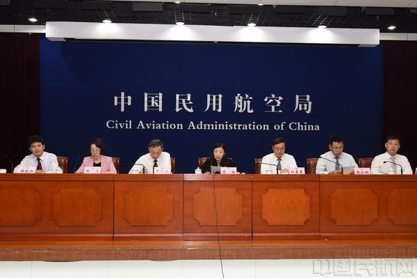 民航局:8月通航飞行8.0万小时,同比增长14.6%