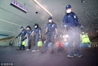 直击|MERS再现韩国,机场消毒严防疫情蔓延