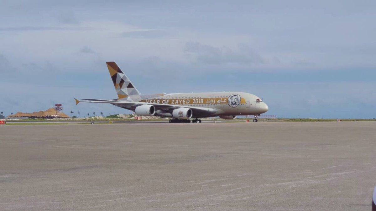 一带一路重点工程马尔代夫机场新跑道试飞成功