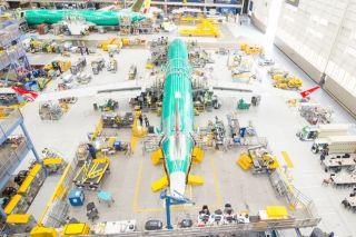 """昆明航空首架737MAX 8客机""""上线"""""""