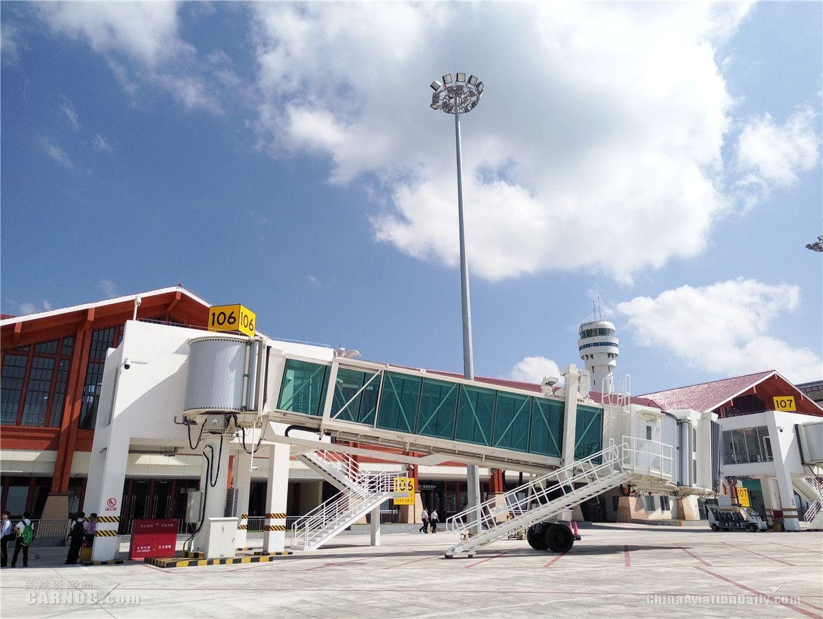 三亞鳳凰國際機場新擴國際航站樓正式啟用