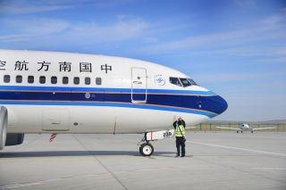 中秋节前南航737执飞乌鲁木齐至富蕴航线