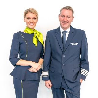 波罗的海航空发布新制服