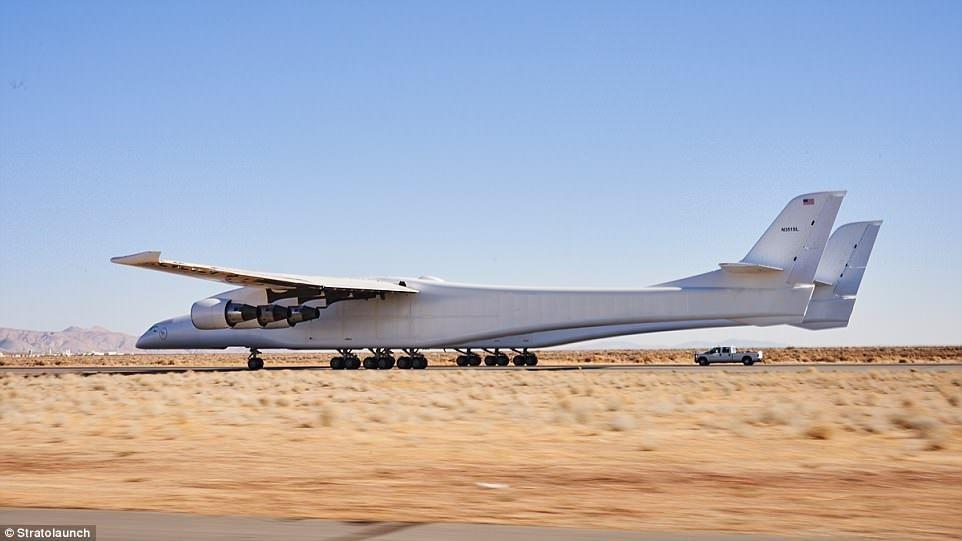 最终,Stratolaunch将用于运输搭载了卫星的火箭,甚至是载人航天飞机到地球的上层大气中,火箭和航天飞机将从这里发射进入太空。来源:Stratolaunch公司官网