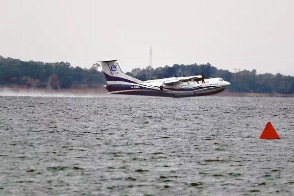 喜讯!国产大型水陆两栖飞机AG600水上首飞成功
