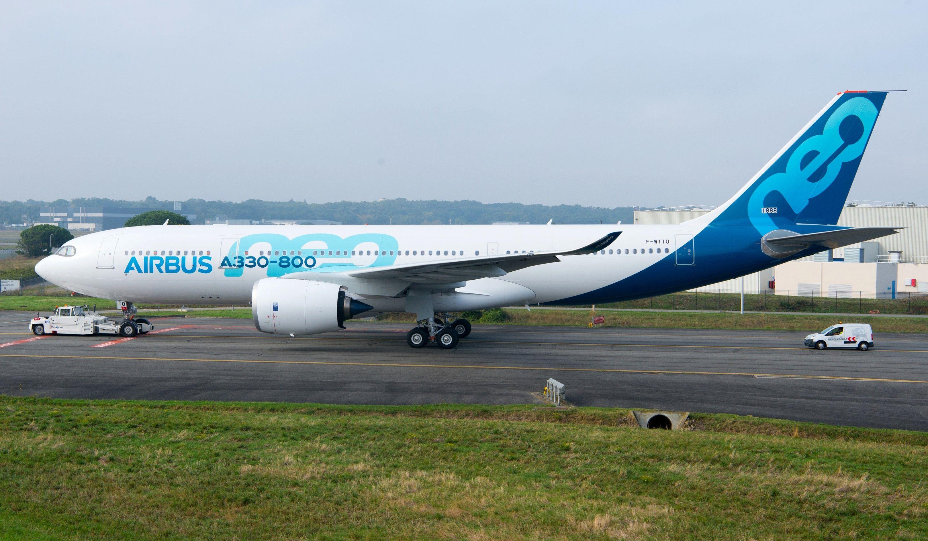民航早报:空客A330-800发动机已装,首飞在即