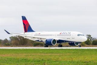 空中客车向达美航空交付其首架空客A220飞机