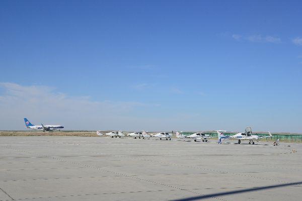 富蕴机场10月保障各类飞行3705架次