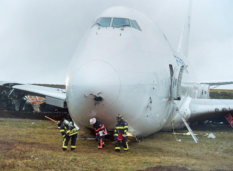 天空租赁一架飞中国货机在加拿大机场冲出跑道