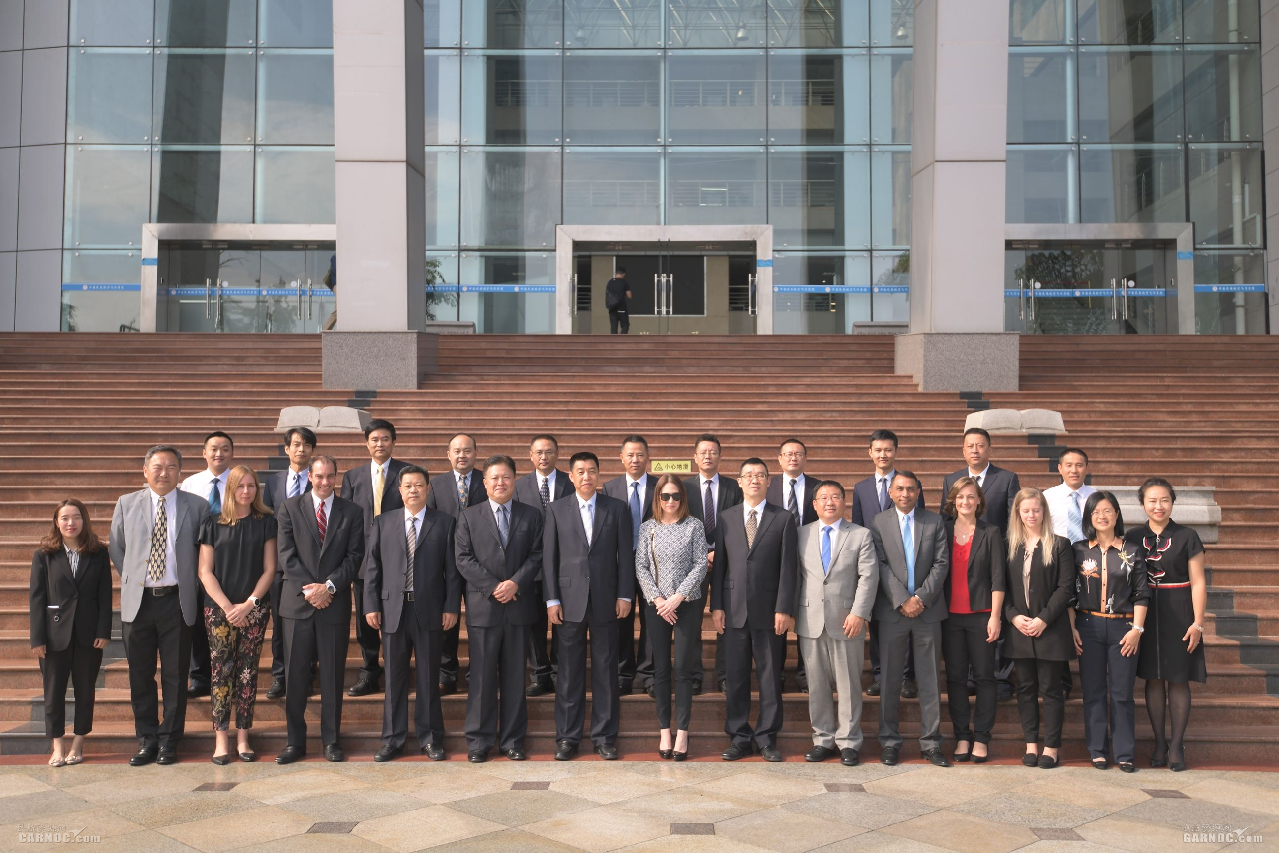 中国民用航空飞行学院订购60架赛斯纳172飞机