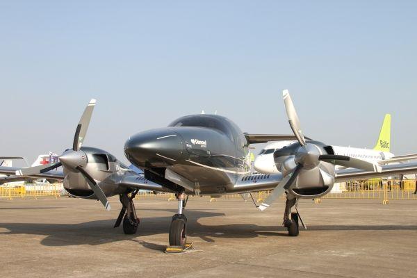 万丰钻石DA62飞机在珠海航展完成中国首秀