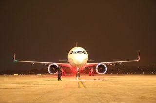全新空客A321飞机加盟 川航机队规模升至144架