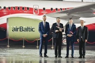波罗的海航空A220-300飞机特别涂装  图片来源:波罗的海航空FB