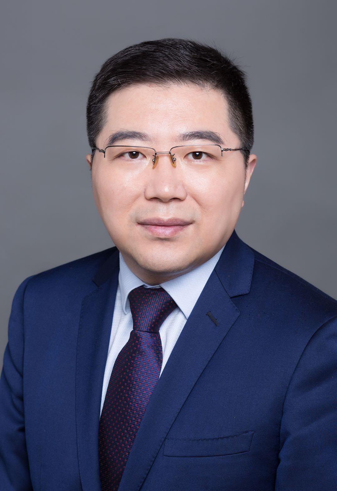 e成科技总裁、创始合伙人、咨询+首席架构师梁星晖