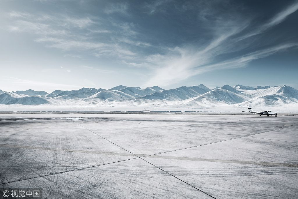 民航早报:雨雪天气致美国1000余航班取消