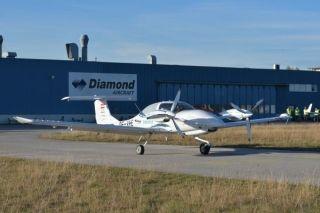 全球首款多發混合動力飛機成功首飛