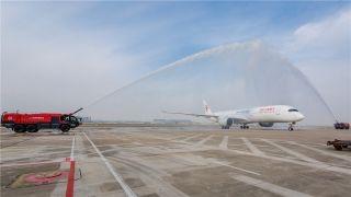 近距离 | 东航首架A350 全球首发包厢式公务舱