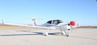萬豐航空交付國內首架DA40NG飛機