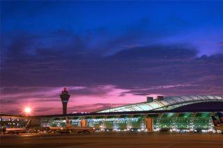 白云机场: 40年飞跃 在新中国民航史写下光辉篇章