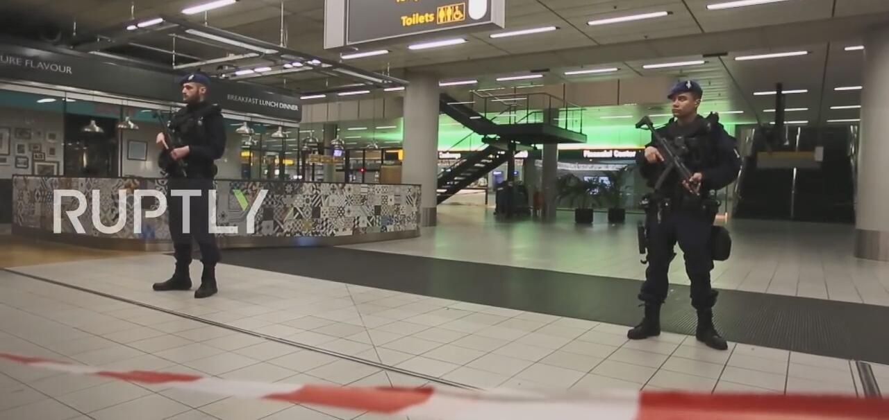 荷兰机场新年夜炸弹威胁,一名加拿大人被捕