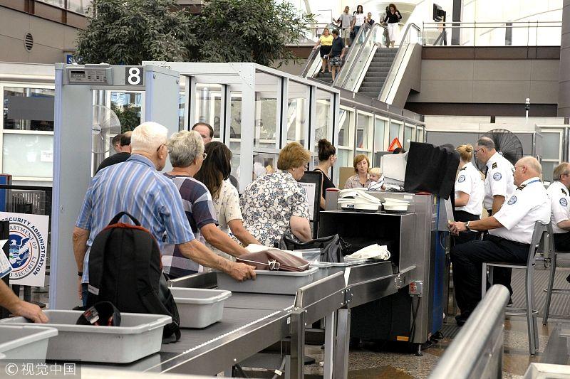 美男子携枪入境成田机场 TSA否认和政府关门有关