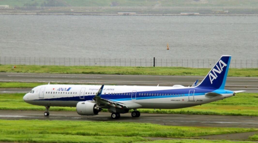 日本全日空客机引擎发生故障机上无人受伤 但导致大阪机场跑道关闭40分钟