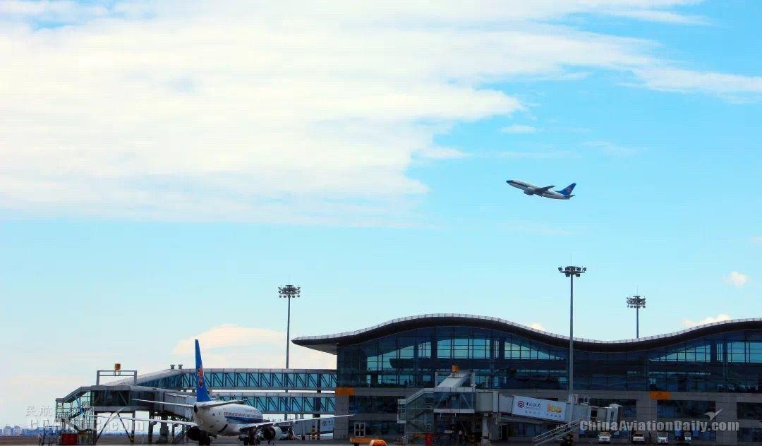 新疆的天空很忙:21個機場、34家公司、264條航線