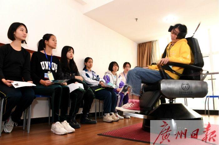 复选现场,图片来源:广报全媒体记者张丹羊,通讯员唐兵、范以书
