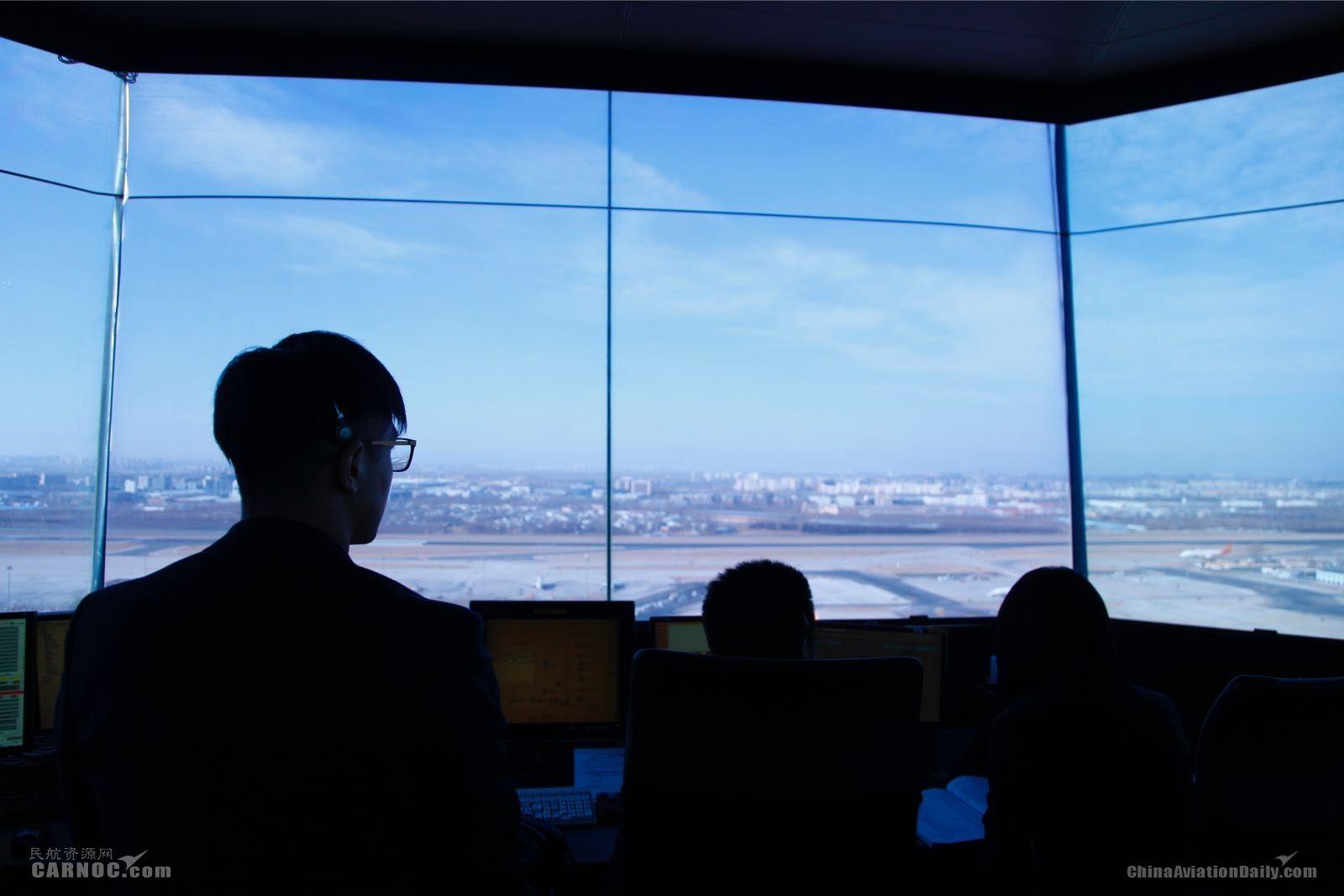 春运首日首都机场预计起降航班1740架次
