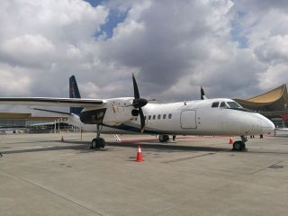 美图集锦!新舟60飞机在昆明机场进行静态展示