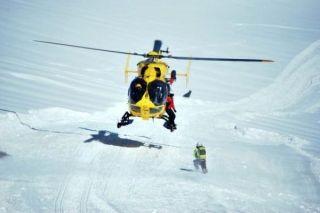 意法边境阿尔卑斯山区飞机相撞 造成至少4死2伤