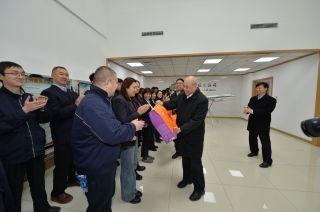 民航华北局领导在已亥新年前夕慰问邮航一线员工