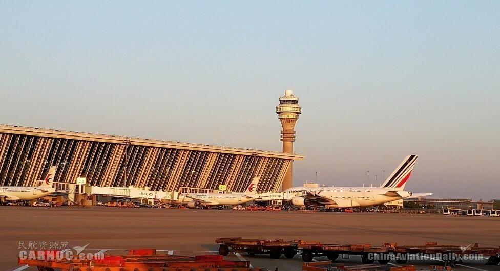 """国内航班也有""""红眼航班""""了!浦东机场试点夜航"""
