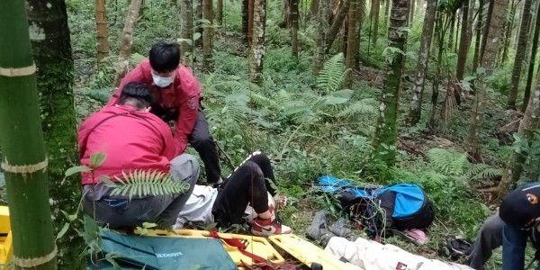 台湾花莲发生一起飞行伞坠落意外 一名大陆游客受伤紧急送医