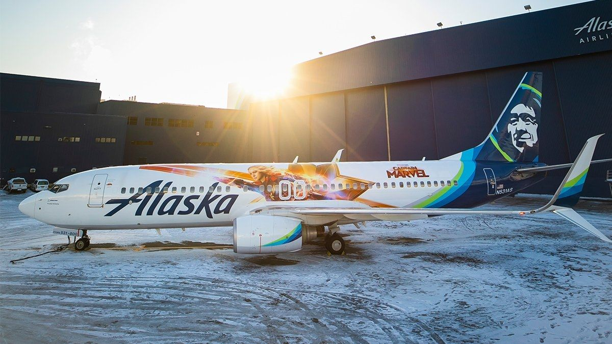 阿拉斯加航空神奇隊長波音彩繪機亮相