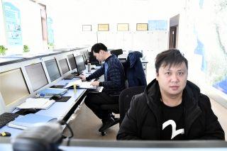 协调计划 审核电报 严格管理保安全 积极主动促正点   龙江空管供图