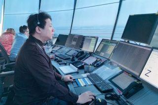 哈尔滨塔台管制员路起东   龙江空管供图