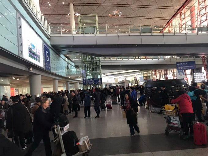 首都机场返程高峰持续到初十  电子化乘机全覆盖