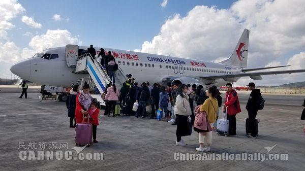春节黄金周 长水机场迎送旅客98万人次