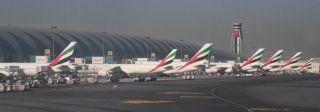 迪拜机场因无人机飞行被迫停止客机起飞半小时