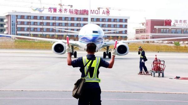 南航新疆机务:用脚步丈量安全飞行的距离