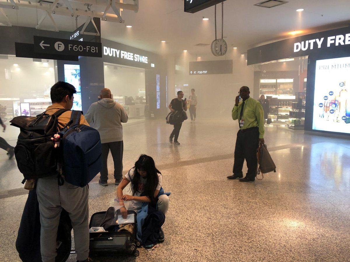 加拿大多倫多機場T1航站樓發生火災 一人送醫