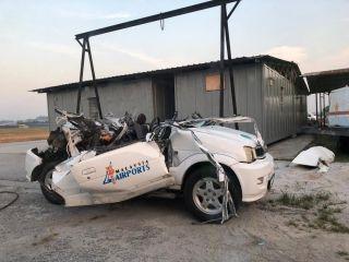 马来西亚机场飞机撞到机场工作车 车辆司机死亡