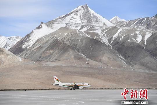 探访西藏阿里昆莎机场:每天14:00后飞机不起飞