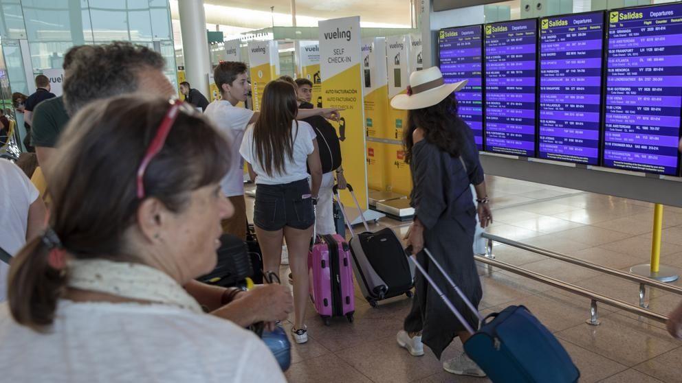 三月份巴塞罗那机场吞吐量约为400万人次