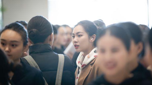 东航北京2019年春季空乘招录比例大于20:1