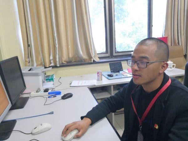 奋斗的青春最美之安庆机场通信导航员程川