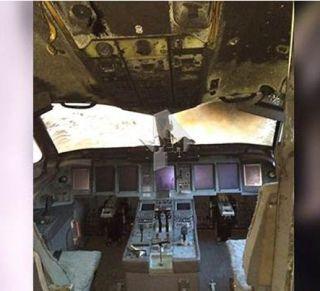 驾驶室烧变型!俄航起火客机内部图首曝光
